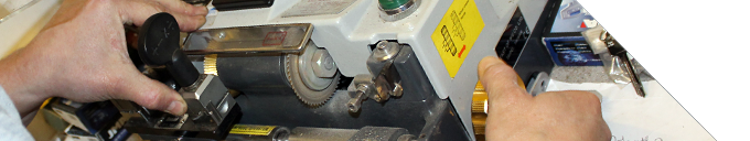 A picture of a mobile key cutting device.